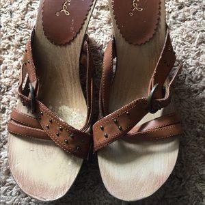 Ladies sandal wedges